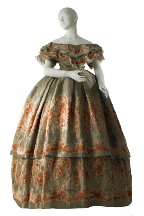 Worth ball gown, 1860 From MCNY