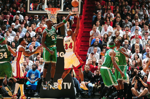nba:  Ray Allen of the Miami Heat shoots against Kevin Garnett of the Boston Celtics during the NBA game on October 30, 2012 at American Airlines Arena in Miami, Florida. (Photo by Garrett W. Ellwood/NBAE via Getty Images)