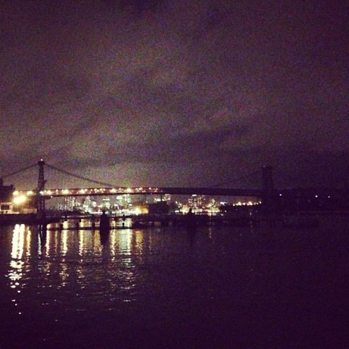 "hragv:  Williamsburg bridge. Brooklyn on left, Manhattan on right, and the lights stop directly in the middle of the bridge. Manhattan is still dark. (at North 5th St Pier)  This is all very fucking creepy. Related, here's an incredibly useful tool to search current status on various NYC public transit. Also related, my sister is in labor with my first ""real"" nephew right now and I can't go hang with her in the Western Mass hospital because I am trapped in Brooklyn."