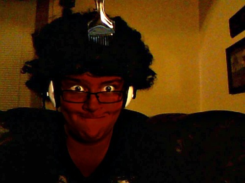 hi-gurl:  oppa-gandalf-style:  I'm being black for Halloween.  -_-