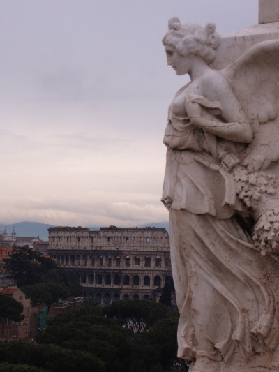 jpino9:  Statue, Piazza Venezia overlooking the Colosseum, Rome