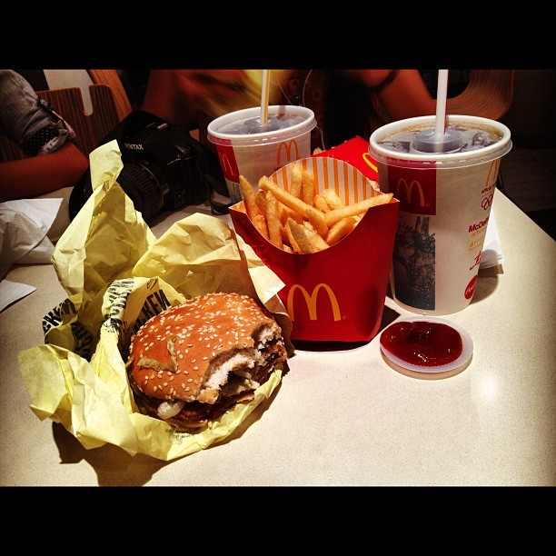 Lunch #mcdonalds #mcchicken #fries #coke (at Orchard Road)