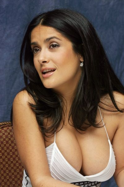 citiesandtitties:  Salma Hayek.  I love her.   Holy f~