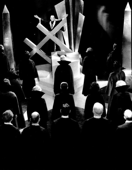 Boris Karloff presides over an art deco Black Mass in The Black Cat (1934, dir. Edgar Ulmer) (via)