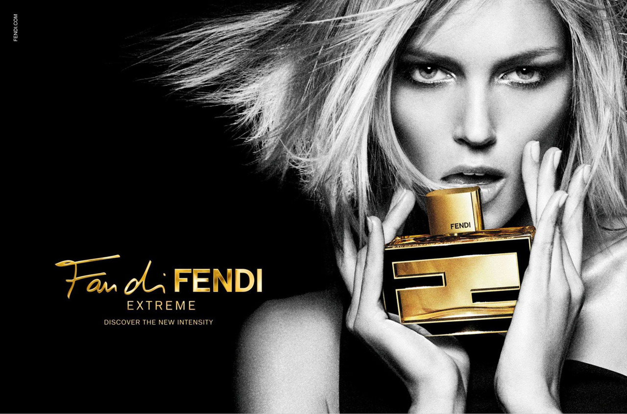 Anja Rubik for Fan di Fendi Extreme.