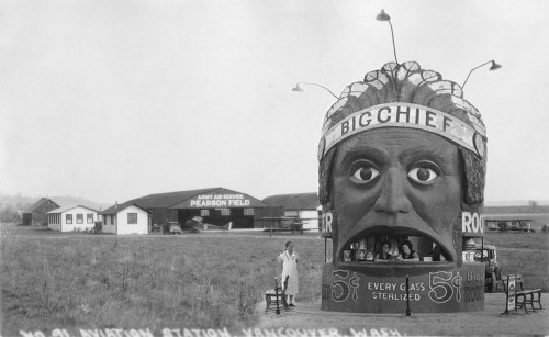 Big Chief root beer stand, 1930s.