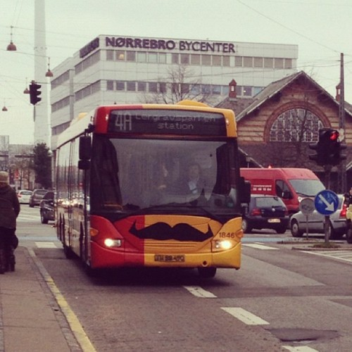 filuren:  #Movember bus in Copenhagen