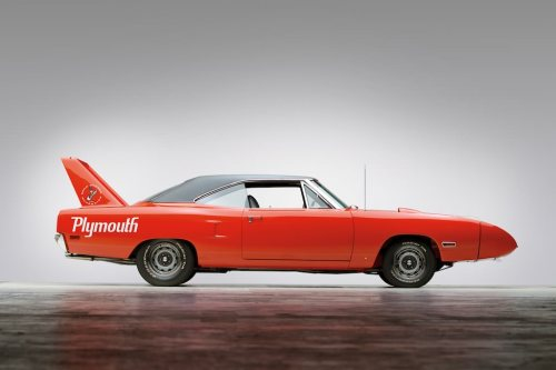 coolerthanbefore:  1970 Plymouth Road Runner Superbird  I love this car.