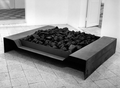 Jannis Kounellis exhibition Parasol unit foundation for contemporary art, London
