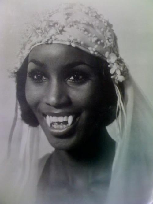 A beautiful, vampire bride! Just one of the fabulous vintage photos featured in today's blog post about photo-sharing page, Decaying Hollywood Mansions.