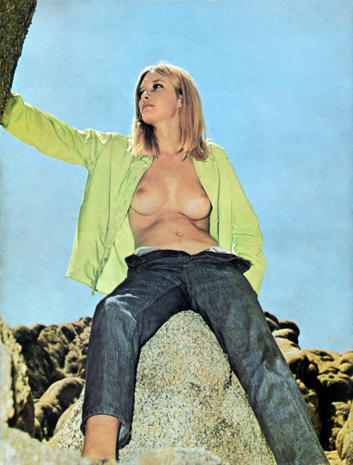 Foxy Fillies Magazine 1974