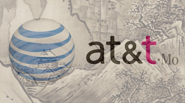 AT&T and T-Mobile Share Networks to Keep New York and New Jersey Covered After Sandy  By Mario Aguilar  AT&T and T-Mobile have agreed to share their GSM and 3G networks so that they can provide customers in New York and New Jersey better service in the face of spotty coverage and outages following Hurricane Sandy. Customers on each carrier won't be charged roaming fees when attached to the network of the other—until everything is back up and running, anyway. Isn't it nice that when push comes to shove we can all get along? [BusinessWire via Engadget]