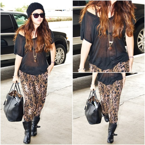 casual OUTFIT OF MONTH: October ♥ ‏ Selena wears: Dolce & Gabbana Miss Escape - Classic Leather Tote Vince Camuto 'Walt' Stud Boots