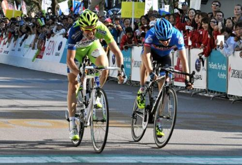 Ivan Basso (Liquigas-Cannondale) outsprints Dan Martin (Garmin-Sharp) to win the Japan Cup. Photo: © Bettini (via Japan Cup 2012: Ivan Basso (Liquigas-Cannondale) Outsprints Dan Martin…, Photos | Cyclingnews.com)