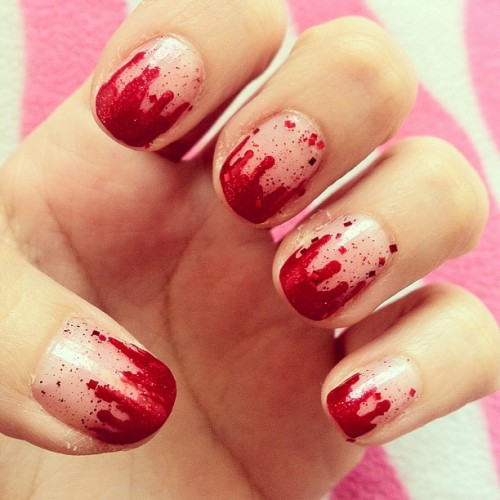 Uñas de Jalowin!! #bloodynails #halloween #artnail #nailart #nails #diy
