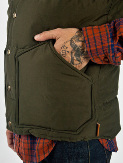 willhuntgoods:  Penfield Rockwool Vest Olive  Have I reblogged this before? Oh well.