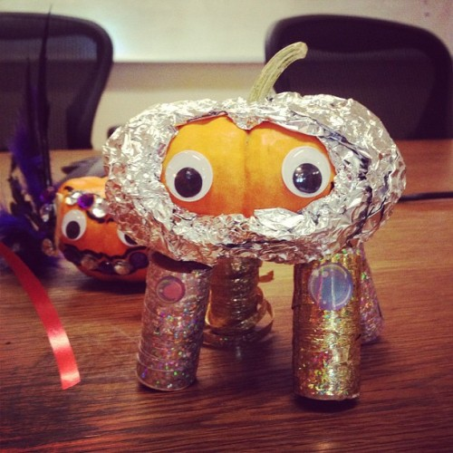 Space Pumpkin! #DIY Halloween craft ideas for our friends at @tendbyglam!