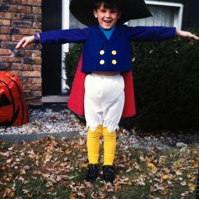 ihateallthepeople:  Yea, I rocked a Darkwing Duck costume back in my day.  omg cute