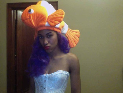 Swimming in the money come and find me. Nemo , lol happy halloween .