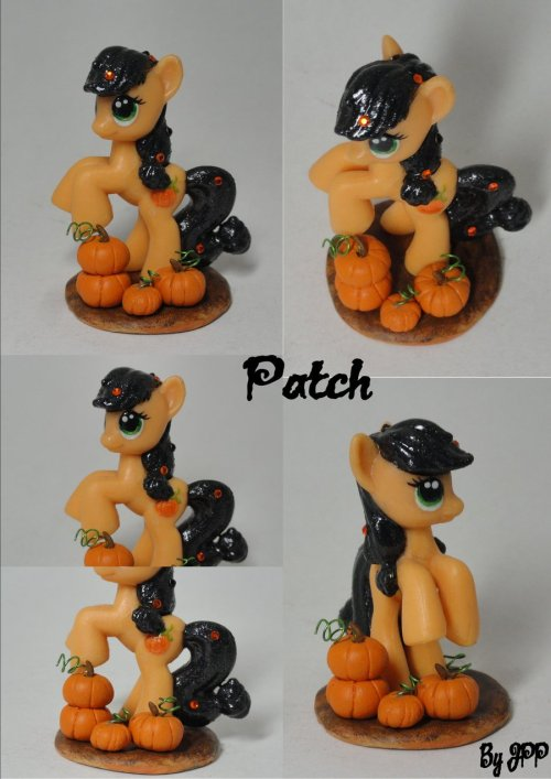 Patch by ~JoshsPonyPrincess  Happy Halloween! Enjoy the extra posts!