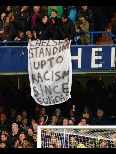 cultfootball:  via ilikeconflict:  Mega lolz at this United banner from [Wednesday's] League Cup game against Chelsea