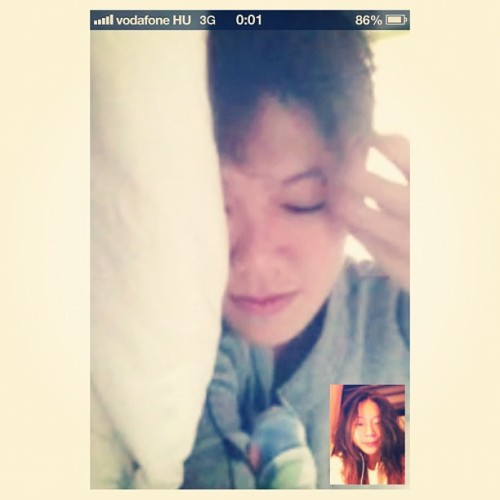 Sleepyhead woke up bright and early to wish me first in Europe time <3 :j So much love.