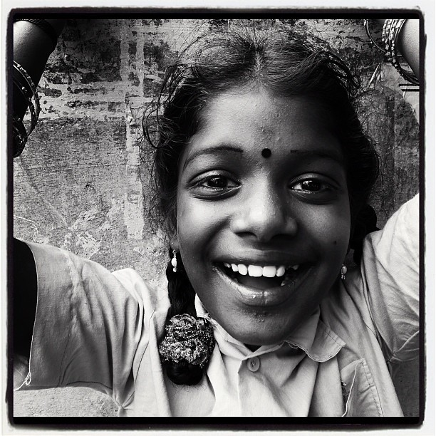 Village Girl (Leica DL5 w/ IG Lo-fi) #portraits #tamilnadu #100cameras #004India #humanitarian #madurai #leicacameras #travel #ngo #ellisnagar #russfoundation   #village #India #fieldtrip (at Madurai, India)
