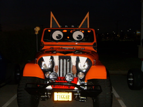 Tigger Halloween Jeep. www.eastcoastjeeps.com We sell Jeep and offroad accessories and hard parts.