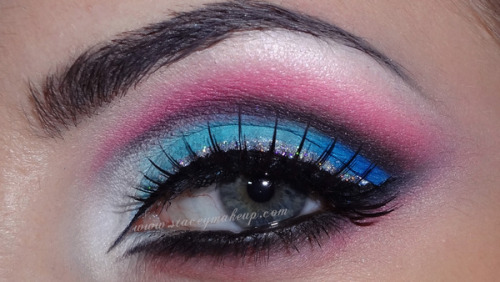 Colorful cut crease from Stacey MakeUp D.!