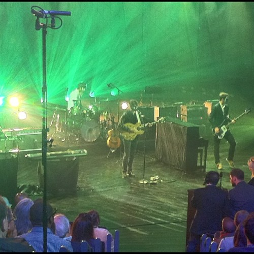 Vampire Weekend at Jimmy Kimmel Live (via @gergrizo)