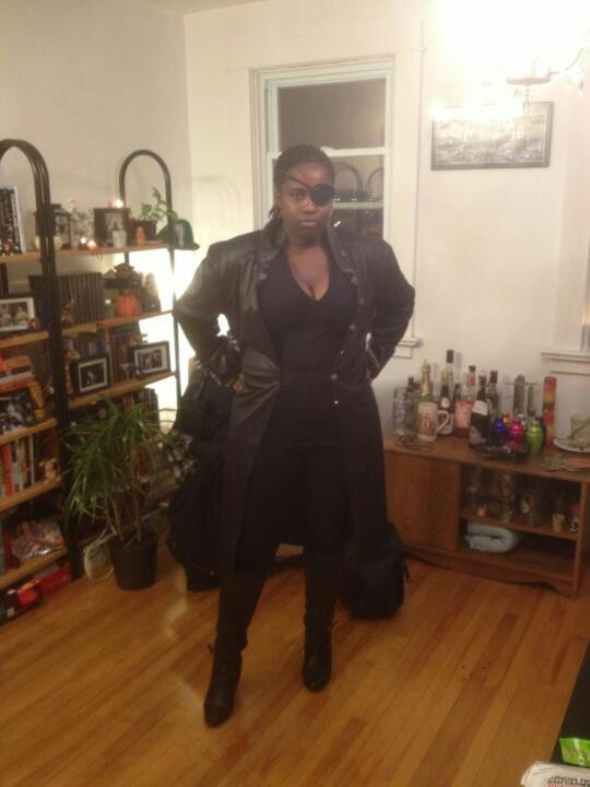searchingforknowledge:  geekscoutcookies:  blackladyblue:  Me as Nick Fury for Halloween.  YAAAAAAAAAAAAAAS!!!!!!  YESSSSSSSSSSSSSS
