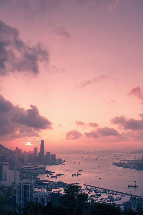 asianwanderlust:  HK love