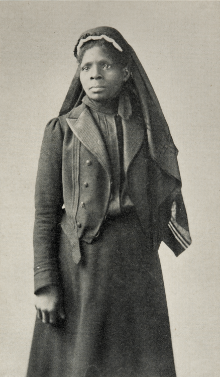 "kateelliottsff:  auntada:  As a young slave girl, Susie King Taylor secretly learned to read and write. Her skills proved invaluable to the Union Army as they began to form regiments of African American soldiers. Hired by the 1st South Carolina Colored Volunteers as a laundress in 1862, her primary roles were to nurse to wounded soldiers and to teach those who could not read or write. Taylor served for more than three years, working alongside her husband, Edward King, a sergeant in the regiment. Photo: Susie King Taylor, 1902, courtesy East Carolina University  Another amazing woman. Also a classic example of why, when writers say they can't ""realistically"" have women with agency in prominent roles in historically-based fantasy, it is clear they do not know what they are talking about. Because women are everywhere, doing things usually ignored by ""mainstream"" history.  According to Wikipedia, she was also the only African American woman to publish a memoir of her wartime experiences, Reminiscences of My Life in Camp with the 33d United States Colored Troops, Late 1st S.C. Volunteers (1902)."
