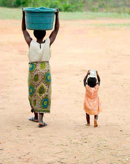 Something about this picture the mother and the child…