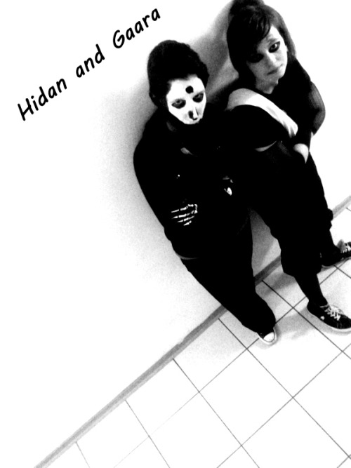 me as hidan and a friend as gaara :D