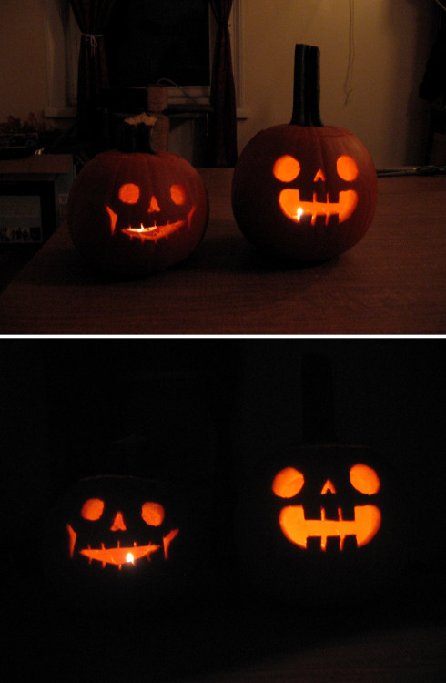 Eric and I carved some pumpkins last night! HAPPY HALLOWEEN and DIA DE LOS MUERTOS!