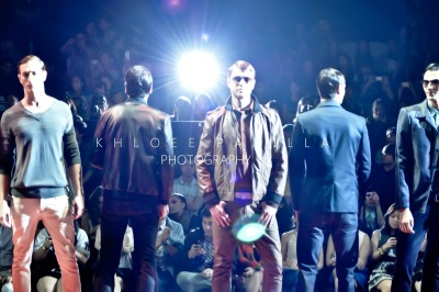 Philippine Fashion Week Spring Summer 2013INTENSITY by PENSHOPPEMore Photos: http://www.facebook.com/Khloeepadilla Read about the show: http://khloeepadilla.blogspot.com