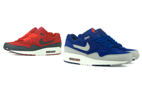 Nike Air Max 1 Premium Autumn/Winter 2012 Over the recent weeks we've seen quite a few photos of these buzzing around. Now Nike have released the Autumn/Winter premium collection made up of suede and leather available in two different colourways seen above, the gym red and royal blue. The royal blue is a hit in my opinion.  Available now from Nike stockists.