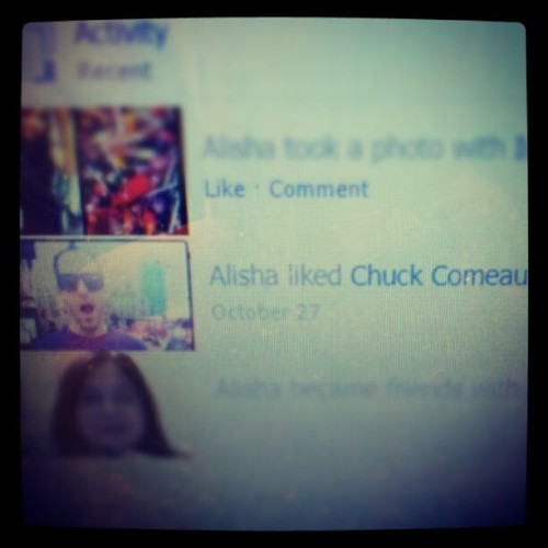 That is SO High school of you Facebook…grow up :P @chuckcomeau