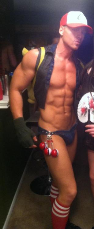 homoeroticguys:  this is why halloween is my favorite holiday