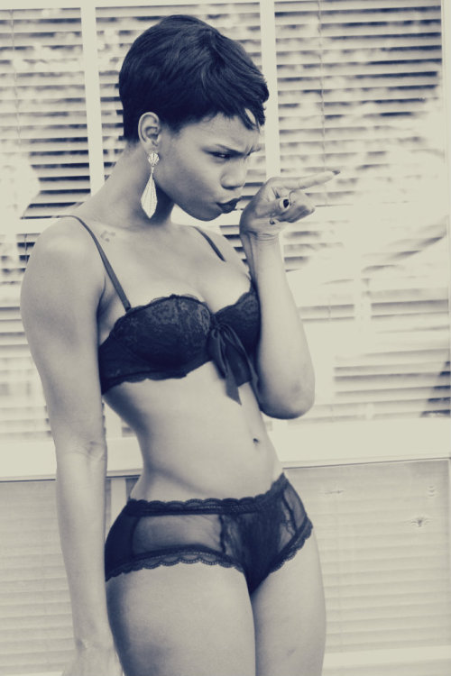 blackfashion:  phyliciabenn.tumblr.com #Blackfashion FacebookTwitter @BlackFashionbyj