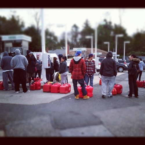 Lined up and waiting for gas at a station in Nassau County, NY #sandy