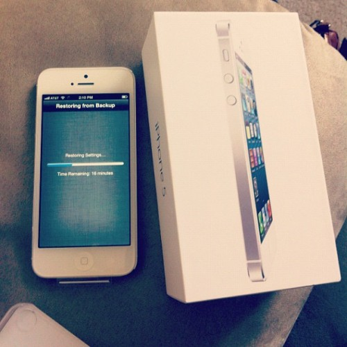 Yay!! #iphone5 you're finally mine! #newphone #icanmakecallsnow #happiness #iphonesia