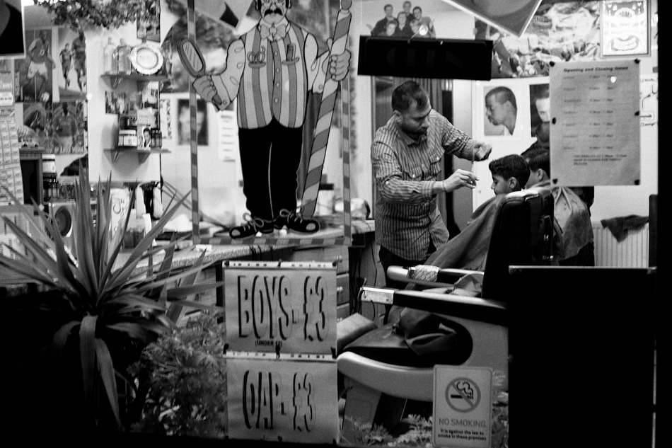Barbershop, London 2012.  Fuji XP1 + 35/2 UC-Hex
