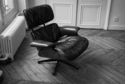 Vintage Eames Lounge (670) chair