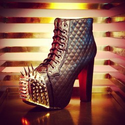 jeffreycampbellshoes:  Get spiked. The Lita Crown is back at @ashburyskies. #jeffreycampbell