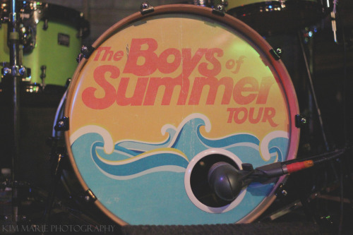 kimmariephotography:  Boys of Summer tour // Summer 2012
