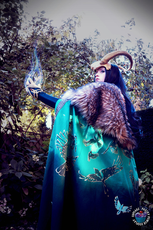 "shinybumofleonardodavinci:  finally a decent picture of my lady loki 8D and you can see my cape TT3TT I love my cape ~ thnx you so much mooncake for the awesome sleepover (I really needed it ^^"" ) and for helping me find a better style of make up for this cosplay and for taking the picture ~  editing and cosplay by me~ really this cosplay was a pain it the ass but so worth it XD other things from this cosplay see my page ;) find the pastry power cosplay group at http://pastrypowercosplay.tumblr.com/ :3"