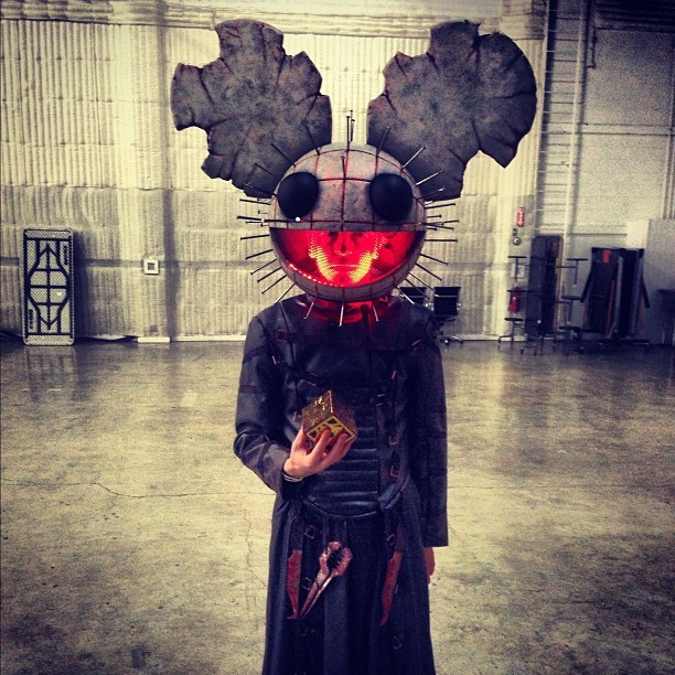 gaksdesigns:  deadmau5            O_O Cool