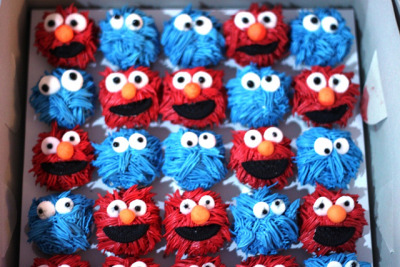 BCC054-2011. Elmo & Monster cookies order from Fadzlina @ Sg Penchala by impiankitchen@gmail.com on Flickr.